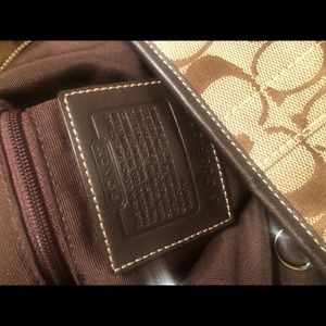 Coach Bags - BEAUTIFUL AUTHENTIC BROWN AND TAN COACH BAG.
